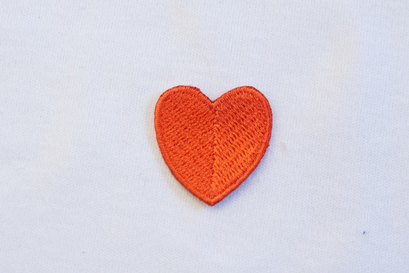Tiny red heart 2,5x2,5cm
