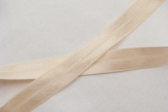 Elastic bias drape in powder 2cm