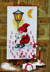 Permin 34-2259. Christmas calendar in white with big santa claus.