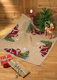 Christmas tree skirt, square, elfs by the tree