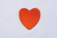 Largish red heart 3 x 3 cm