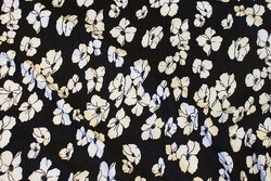 Soft modaljersey in black with white flowers