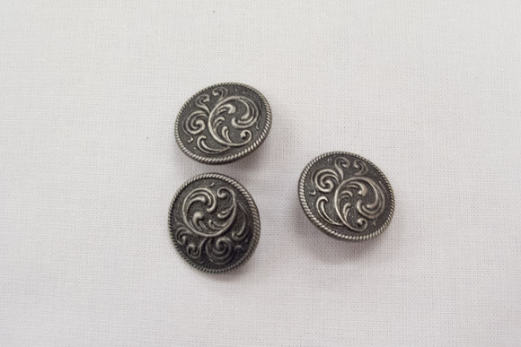 Tin button leaf bine 1.5 cm