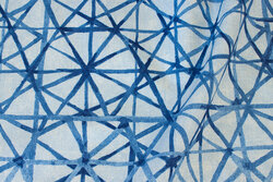 Decoration fabric with graphical pattern in blue nuances