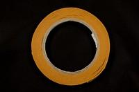 Dobbel adhesive tape 1 cm wide, 25 meters.