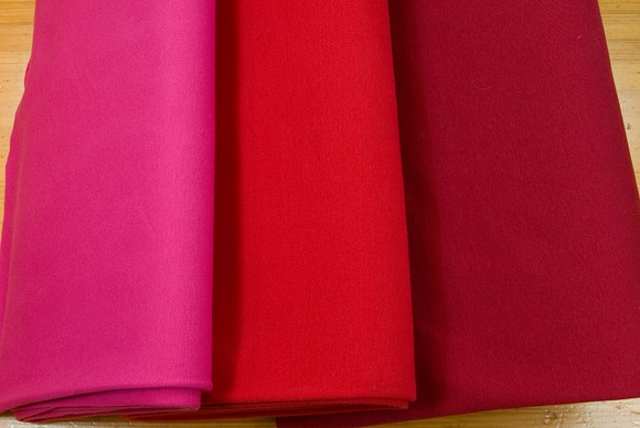 Rib fabric in cotton-lycra in red and pink