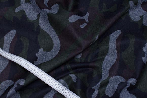 Heavy-jersey with camouflage-pattern in black, grey, dark green