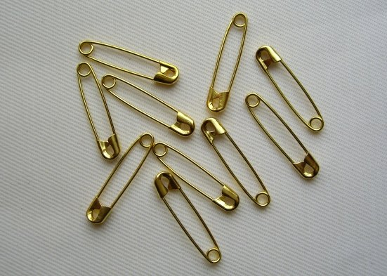 Security pins 1 inch length