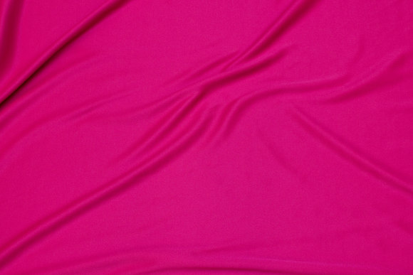 Pink, lightweight polyesterjersey for dresses etc.
