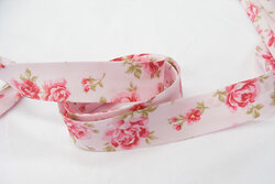 Bias tape, pale pink with roses 2 cm