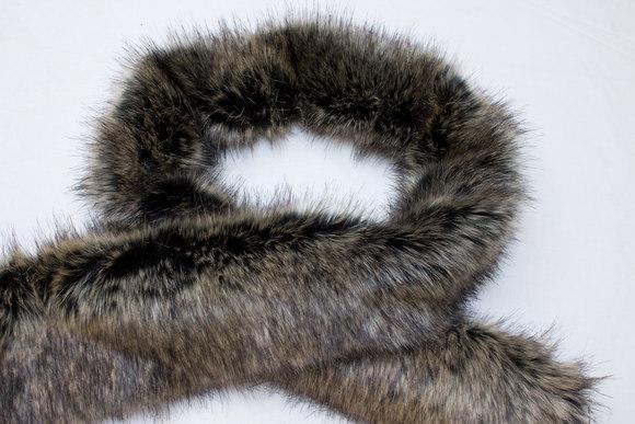 20 cm x 150 cm faux fake fur piece