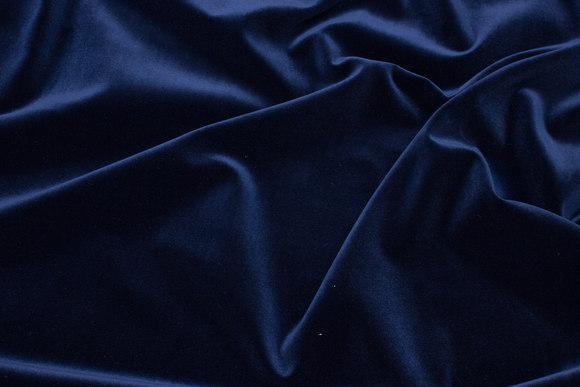 Velvet in classic woven quality in dark navy
