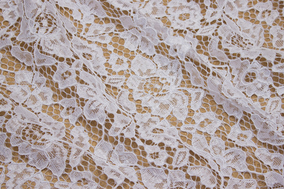 Off-white dress-lace-fabric with scallop edge in both sides