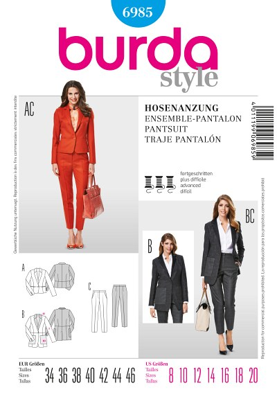 Suit with jacket with narrow lapels and pants
