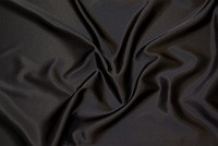 Crepe sateen in black
