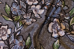 Soft, heavyjersey in charcoal with flowers