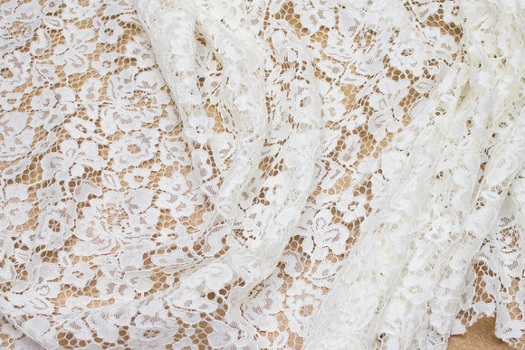 White dress-lace-fabric with scallop edge in both sides