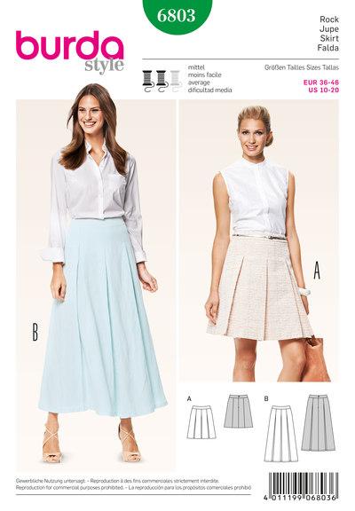 Skirt, box pleats, shaped waistband