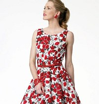 Petite retro dress. Butterick 5748.