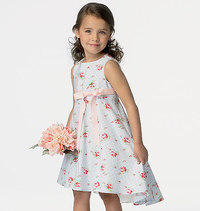 Girls dress. Butterick 6013.
