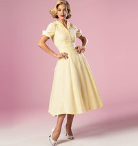 Dress with width, lapels and buttons. Butterick 6018.