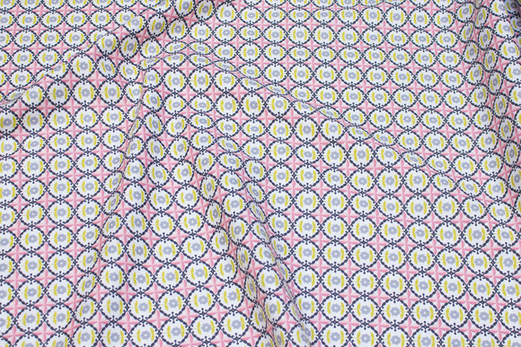 Cotton with soft red and green retro-pattern