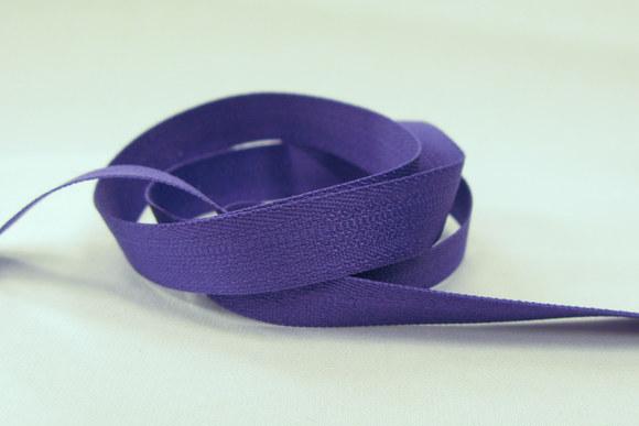 Purple ribbon, 1.3 cm wide