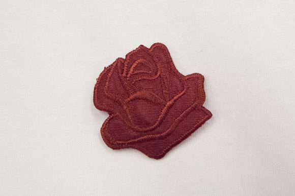 Bordeaux rose patch size 3,5 cm