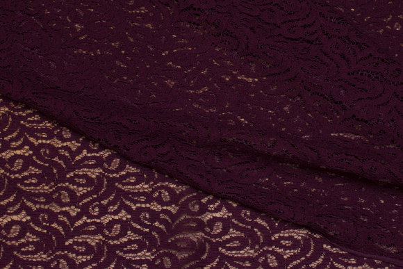 Eggplant-colored cotton-lace