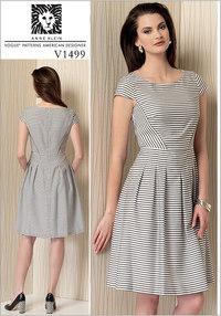 Cap Sleeve, Pleated-Skirt Dress - Anne Klein. Vogue 1499.