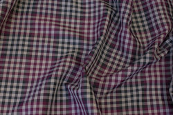 Checked lining-fabric in red-purple and grey