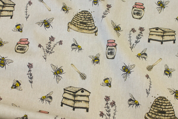 Linen-look with bees and hives