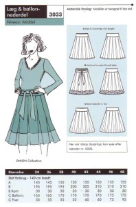 Pleat and baloon skirt. Onion 3033.