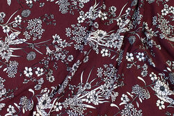 Bordeaux viscose-jersey with white flowers