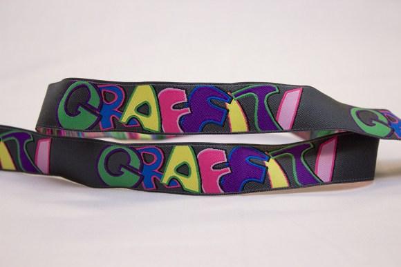 Grafitti ribbon in grey with multicolors