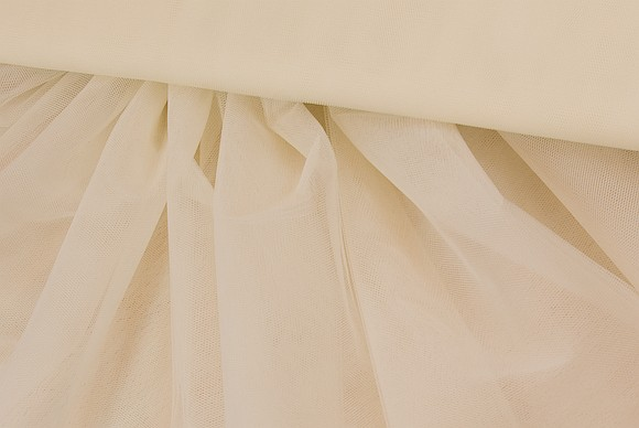 Bridal tulle in off-white