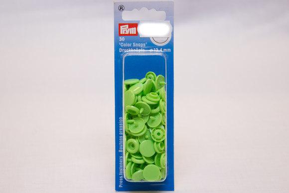 Light green plastic press fasteners ø 12.4 mm