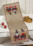 Permin 68-5205. Christmas table runner with elf couple.