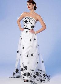 Butterick pattern: Strapless Dress, Detachable Train and Belt