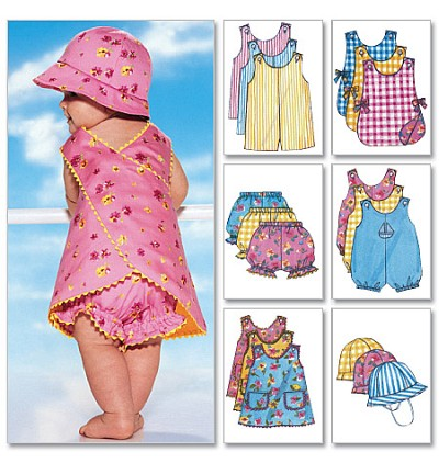 Infants´ Romper, Jumper, Panties and Hat