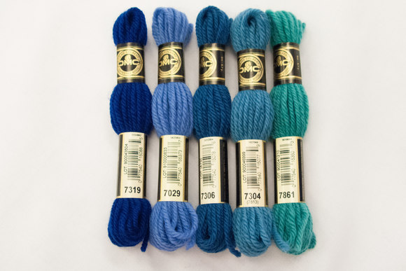 Wool-embroidery yarn DMC