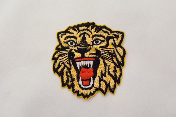 Roaring tiger patch 7x8cm
