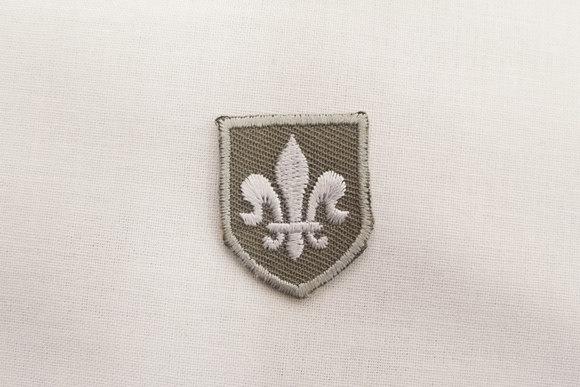 Fleur-de-lis patch grey 2x3cm