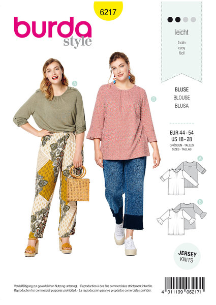 Top, roll-up sleeves,  sleeves with flounces