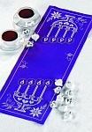 Permin 63-8694. Blue table runner with candle holder.