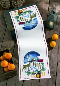 Table runner with Winter landscape. Permin 63-9263.