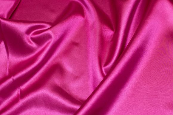 Polyestersatin in pink
