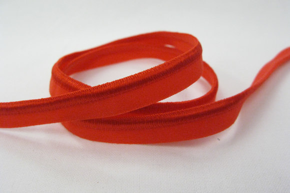 Elastic piping, red