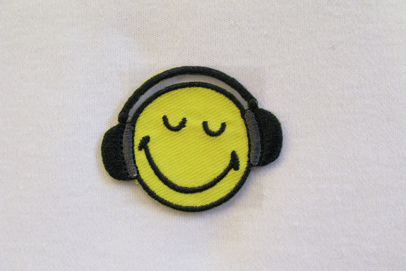 Smiley with headphones 3,5cm