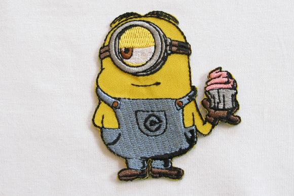 Minion patch cake 6x5cm
